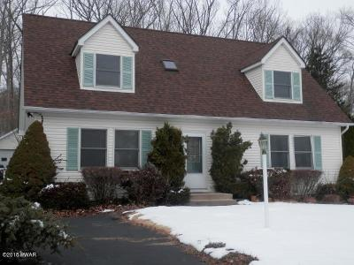 Milford PA Single Family Home For Sale: $218,500