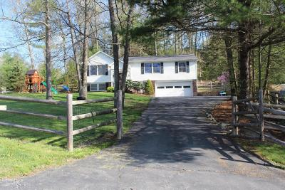 Milford PA Single Family Home For Sale: $199,000