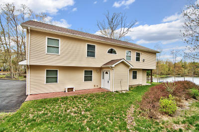 Dingmans Ferry PA Single Family Home For Sale: $299,000