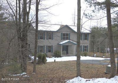 Milford Single Family Home For Sale: 110 Milford Estates Dr