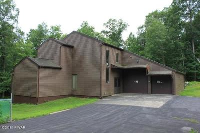 Lakeville Single Family Home For Sale: 11 Seminole Dr