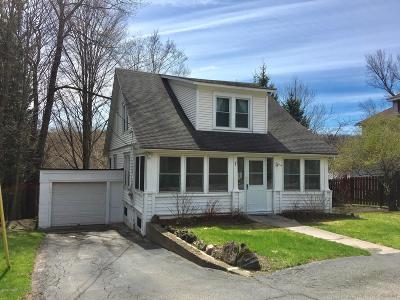 Honesdale Single Family Home For Sale: 881 Maple Ave
