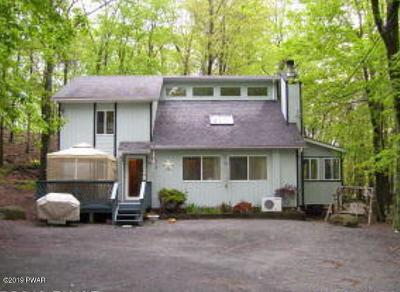 Hawley PA Single Family Home For Sale: $144,900