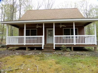 Paupackan Lake Estates Single Family Home For Sale: 41 Sunrise Trl