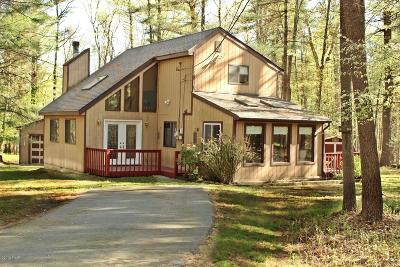 Fawn Lake Single Family Home For Sale: 299 Fawn Lake Dr