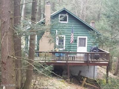 Millbrook Single Family Home For Sale: 118 Hemlock Brook Trl