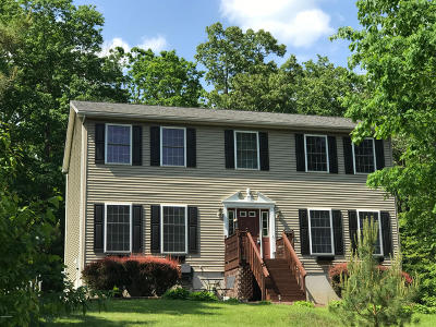 Milford PA Single Family Home For Sale: $269,000