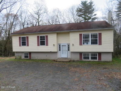 Milford PA Single Family Home For Sale: $112,000