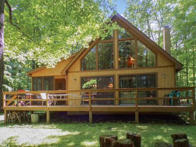 Cobbs Lake Preserve Single Family Home For Sale: 11 Spruce Ln