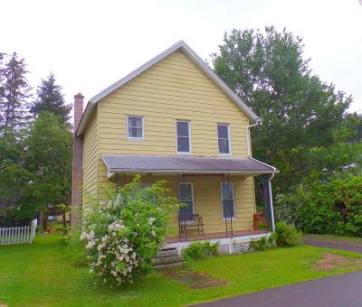 Honesdale PA Single Family Home For Sale: $124,900