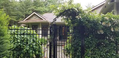 Shohola Single Family Home For Sale: 108 John St
