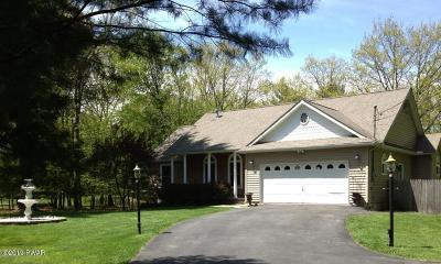 Milford PA Single Family Home For Sale: $219,000
