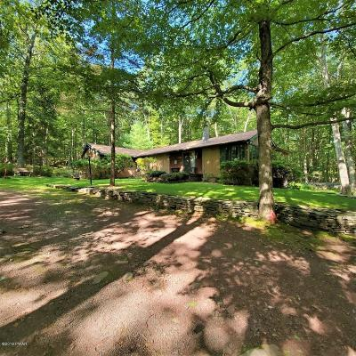 Hawley PA Single Family Home For Sale: $219,000
