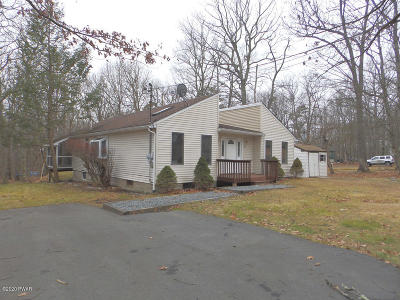 Milford PA Single Family Home For Sale: $157,900