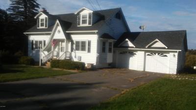 Lake Ariel PA Single Family Home For Sale: $209,900
