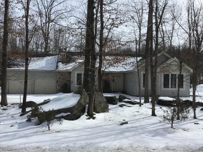 Lords Valley PA Single Family Home For Sale: $184,000