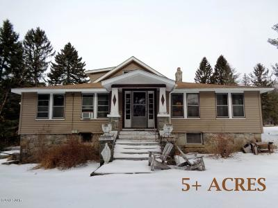 Greeley Single Family Home For Sale: 458 Rowland Rd