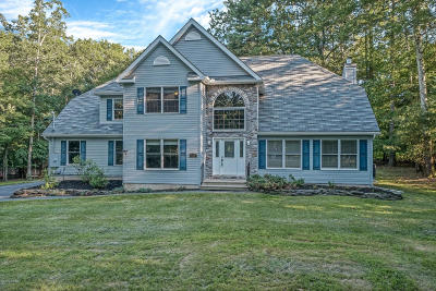 Milford Single Family Home For Sale: 120 Mountain Laurel Ln