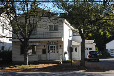 Honesdale PA Commercial For Sale: $159,000