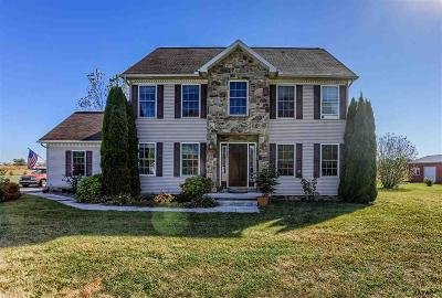 Gettysburg PA Single Family Home For Sale: $319,900