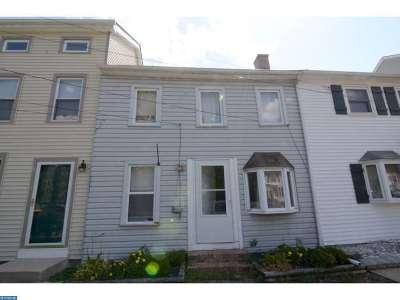 Delaware City Condo/Townhouse ACTIVE: 215 Washington Street