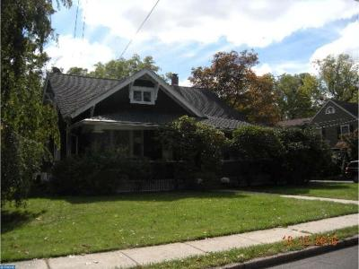 Bordentown Single Family Home ACTIVE: 10 E Chestnut Street