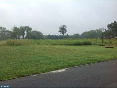 Residential Lots & Land ACTIVE: 400 Willow Lane