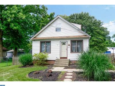 Lindenwold Single Family Home ACTIVE: 512 Cypress Avenue