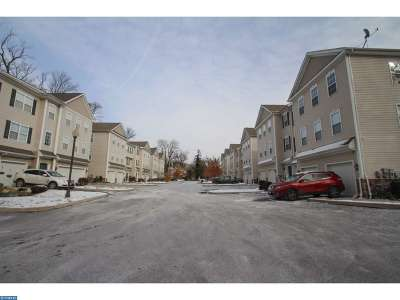 Yeadon Condo/Townhouse ACTIVE: 14a Hillview Circle