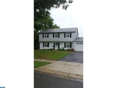 Willingboro Single Family Home ACTIVE: 61 Somerset Drive