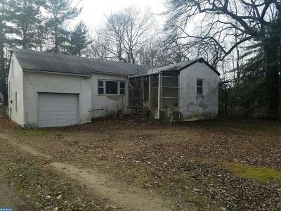 Gibbsboro Single Family Home ACTIVE: 91 Lakeview Drive