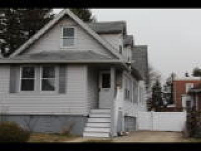 Gloucester City Single Family Home ACTIVE: 27 Yale Avenue