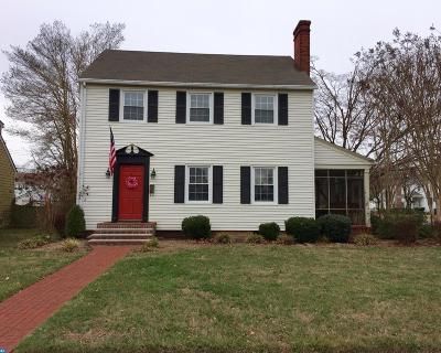Single Family Home ACTIVE: 634 Governors Avenue