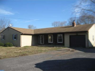 Gloucester Twp, Sicklerville Single Family Home ACTIVE: 968 Jarvis Road