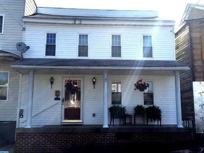 Single Family Home ACTIVE: 341 Oak Street