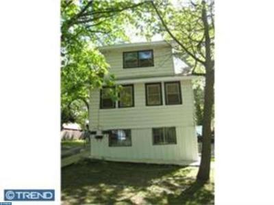 Clementon Multi Family Home ACTIVE: 253 Harding Avenue