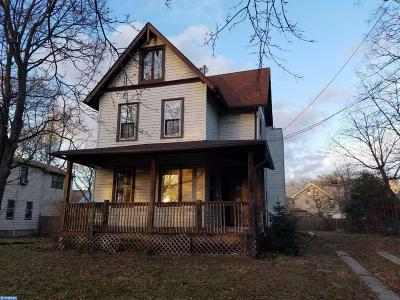 Palmyra Single Family Home ACTIVE: 330 Berkley Avenue