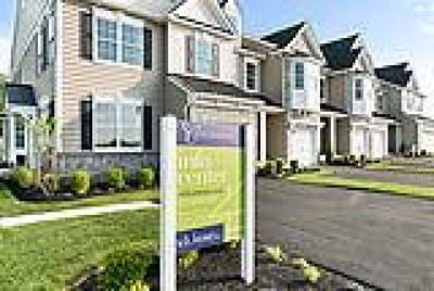 PA-Bucks County Condo/Townhouse ACTIVE: 002 West Boulder Drive