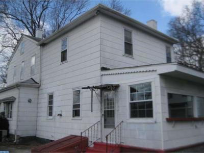 Gloucester City Single Family Home ACTIVE: 520 Saint John Street