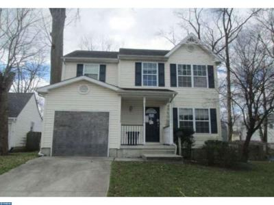 Woodbury Single Family Home ACTIVE: 423 Hemlock Terrace