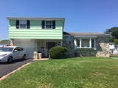 Bensalem Single Family Home ACTIVE: 1646 Radburn Road