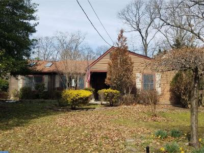 Mount Laurel Single Family Home ACTIVE: 112 Fleetwood Avenue