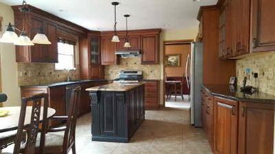 Westampton Single Family Home ACTIVE: 12 Laurel Tree Drive