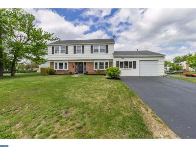 Willingboro Single Family Home ACTIVE: 100 New Castle Lane