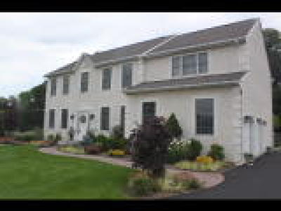 PA-Bucks County Single Family Home ACTIVE: 5482 Melissa Court