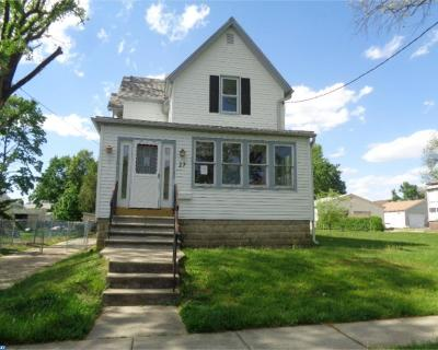 Oaklyn Single Family Home ACTIVE: 27 W Bettlewood Avenue