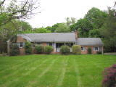 DE-New Castle County Single Family Home ACTIVE: 101 Valleyview Road