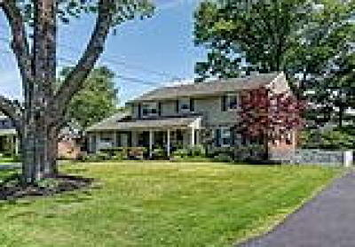 Cinnaminson Single Family Home ACTIVE: 214 Wayne Drive