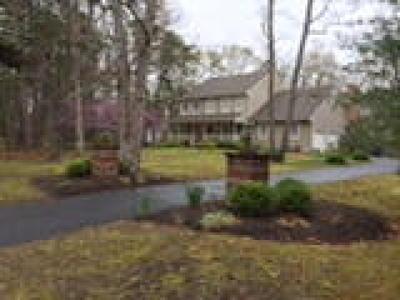 Medford Single Family Home ACTIVE: 583 McKendimen Road