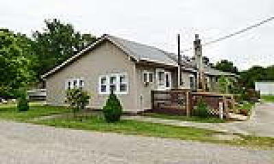 Logan Township Single Family Home ACTIVE: 283 Floodgate Road